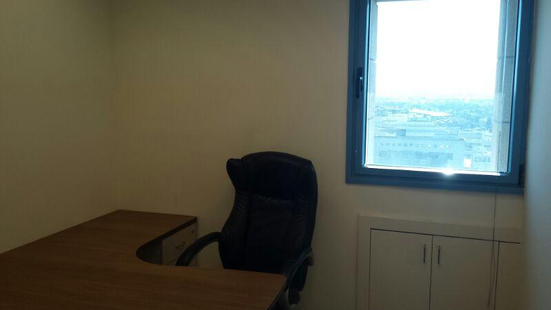 חדר בתוך המשרד