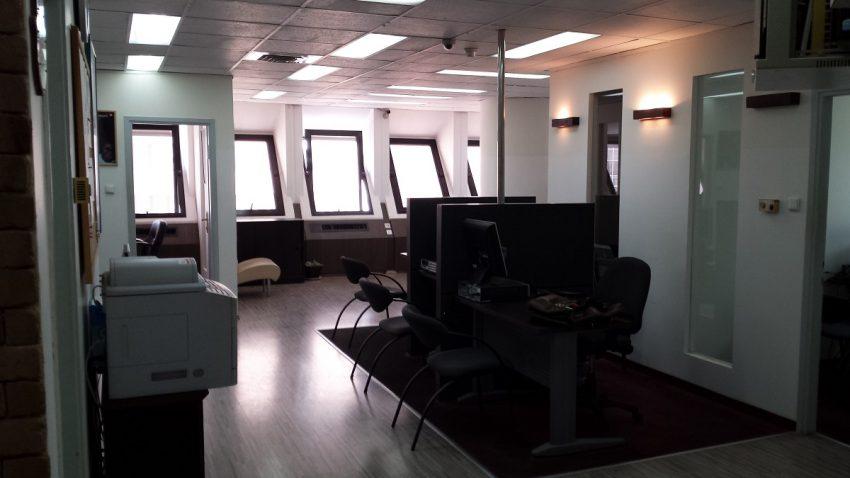 אזור מעבר במשרד 210 מר בתלפיות